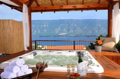 צימרים רומנטיים - סוויטות מצפה האגם