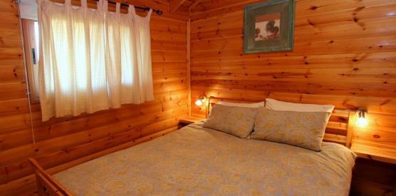 מיטת שינה זוגית נעימה ונוחה