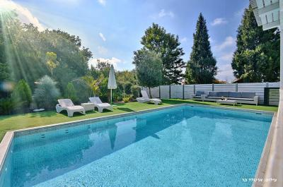 Piscine chaufee - Pool view